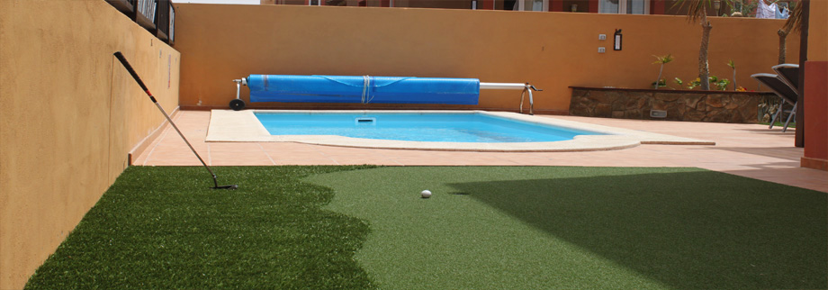 The Private Pool and Putting Green in the Villa